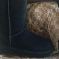 UGG Classic Short ROCK shoesQuantity 1