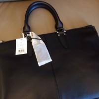 U-stream briefcase