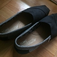 TOMS for Movember Grey and Black Coated